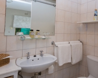 Bathroom apartment 2 (3)